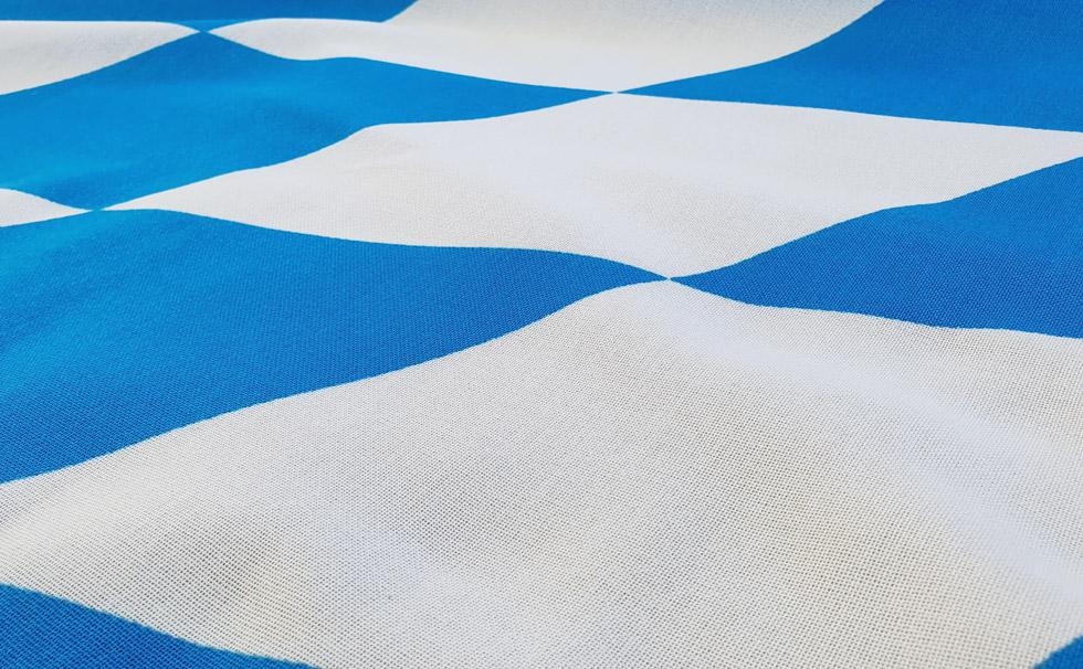 02 Bannerfahne für Maibaum EXTRA bayerische Raute